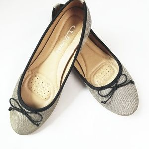 CHINESE LAUNDRY Gold & Silver Mettalic Flat Shoes!